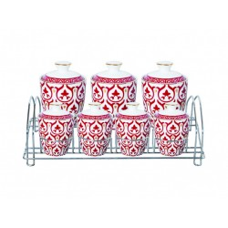 The spice set consists of 7 pieces of red Madras