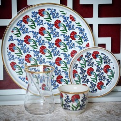 Set consisting of tea cups, number 6 - cups, number 6 plates - number 6 - tray