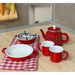 Table cloth + Turkish teapot + 2 cups + fryer + heater