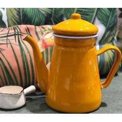 Turkish teapot measuring 1.5 ml