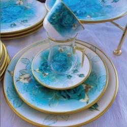 TURKISH ROSE 30-piece Tea and Serving Set